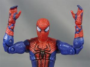 THE AMAZING SPIDER-MAN 3.75 ULTRA-POSEABLE SPIDER-MAN009
