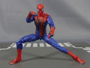 THE AMAZING SPIDER-MAN 3.75 ULTRA-POSEABLE SPIDER-MAN023