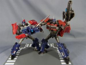 TF プライム トイザラス限定 バトルシールドオプティマス ロボットモード007