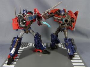 TF プライム トイザラス限定 バトルシールドオプティマス ロボットモード012