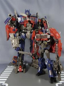 TF プライム トイザラス限定 バトルシールドオプティマス ロボットモード013