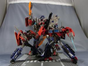TF プライム トイザラス限定 バトルシールドオプティマス ロボットモード015