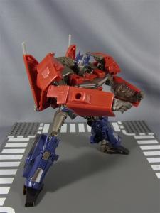 TF プライム トイザラス限定 バトルシールドオプティマス ロボットモード025