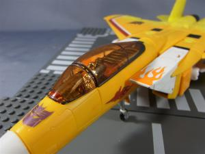 TF MP-11S デストロン航空宇宙兵 サンストーム ビークルモード008