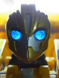 TFプライム 情報員 バンブルビー ロボットモード015