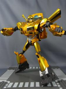 TFプライム 情報員 バンブルビー ロボットモード026