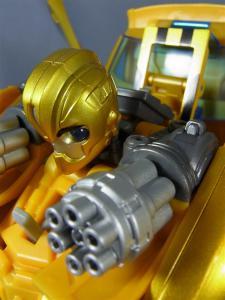 TFプライム 情報員 バンブルビー ロボットモード修正006