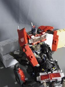 トランスフォーマープライム AM-25 ネメシスプライムで遊ぼう012