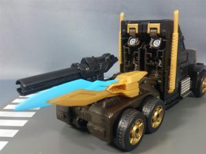 TFプライム サイバトロンサテライト限定 FE ダークガードオプティマスプライム ビークルモード020