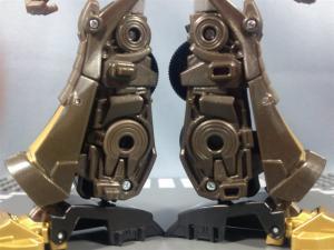 TFプライム サイバトロンサテライト限定 FE ダークガードオプティマスプライム ロボットモード012