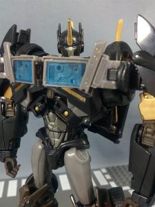 TFプライム サイバトロンサテライト限定 FE ダークガードオプティマスプライム ロボットモード022