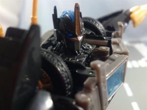 TFプライム サイバトロンサテライト限定 FE ダークガードオプティマスプライム ロボットモード036