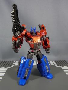 TG-01 オプティマスプライム023