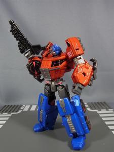 TG-01 オプティマスプライム024
