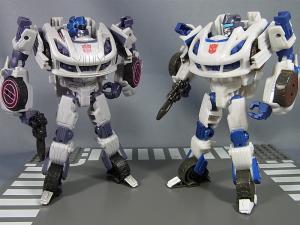 TG-02 オートボットジャズ018