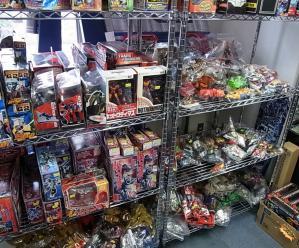大阪shop ヒーロー玩具研究所2F003