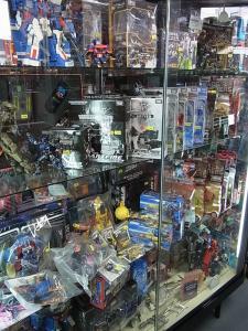 大阪shop ヒーロー玩具研究所2F009