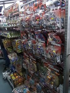 大阪shop ヒーロー玩具研究所2F010