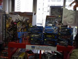 大阪shop ヒーロー玩具研究所2F011