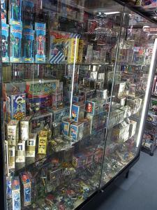 大阪shop ヒーロー玩具研究所2F018