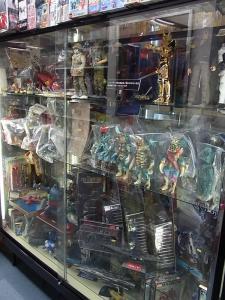 大阪shop ヒーロー玩具研究所2F023