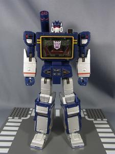 MP-12 サウンドウェーブ ロボットモード001