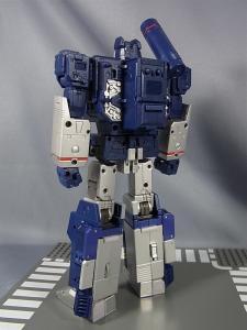 MP-12 サウンドウェーブ ロボットモード002