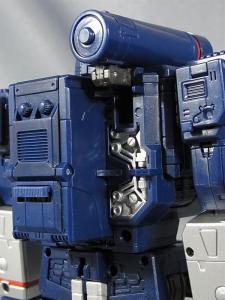 MP-12 サウンドウェーブ ロボットモード008