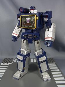 MP-12 サウンドウェーブ ロボットモード013