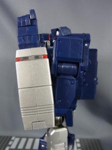 MP-12 サウンドウェーブ ロボットモード015