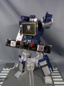 MP-12 サウンドウェーブ ロボットモード018