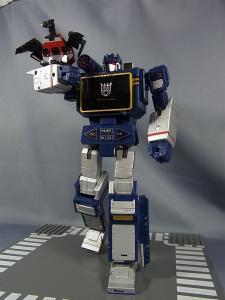 MP-12 サウンドウェーブ ロボットモード027