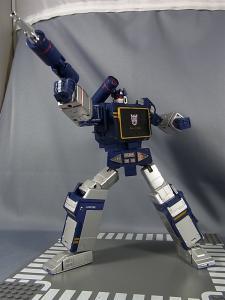 MP-12 サウンドウェーブ ロボットモード028