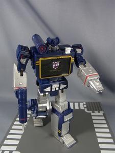 MP-12 サウンドウェーブ ロボットモード033