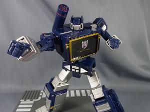 MP-12 サウンドウェーブ ロボットモード037