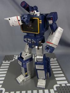 MP-12 サウンドウェーブ ロボットモード040