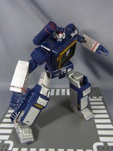 MP-12 サウンドウェーブ ロボットモード042