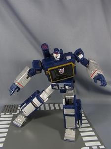 MP-12 サウンドウェーブ ロボットモード043