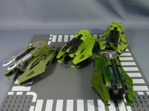 トランスフォーマー TFジェネレーションズ コンバッティコン比較012