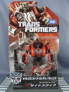 トランスフォーマー TFジェネレーションズ TG10 サイドスワイプ001