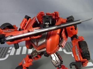 トランスフォーマー TFジェネレーションズ 2月分で武器交換001