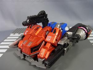 トランスフォーマー TFジェネレーションズ 2月分で武器交換018
