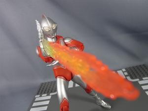 ULTRA-ACT ウルトラマンジャック 比較遊ぼう!017