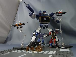 トランスフォーマー マスターピース MP16 フレンジーバズソーと仲間たちで遊ぼう!017