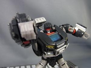 TFジェネレーションズ TG-27 トレイルブレイカー016