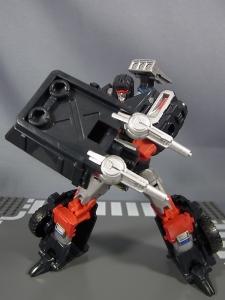 TFジェネレーションズ TG-27 トレイルブレイカー022
