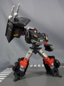 TFジェネレーションズ TG-27 トレイルブレイカー029