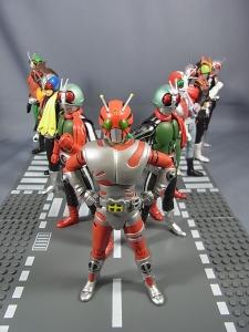 SHフィギュアーツ 仮面ライダーZXで遊ぼう029