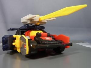 DXトランスフォーマーガム第2弾 02 副官騎士ブラッカーロードブレイバー010