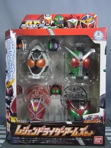 仮面ライダー鎧武 (ガイム) AC EX レジェンドライダーアームズセット001